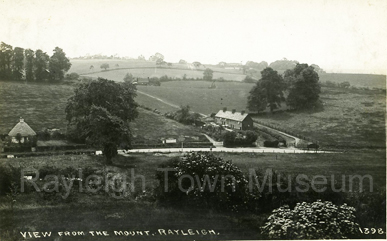 picture of dutch cottage and crown hill