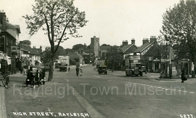 picture of rayleigh high street